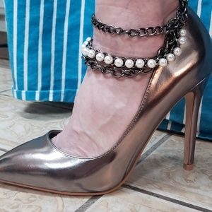 Gunmetal pumps with detachable anklet, nwt